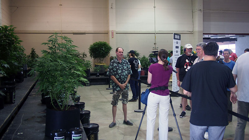 'Ganja Guru' Ed Rosenthal speaks with members of the press about his role in the Oregon Cannabis Growers' Fair judging process.