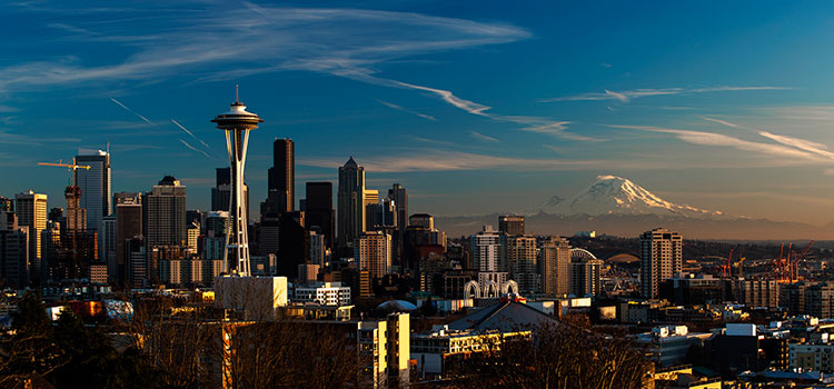 A sunny view of Seattle and Mt. Rainier.