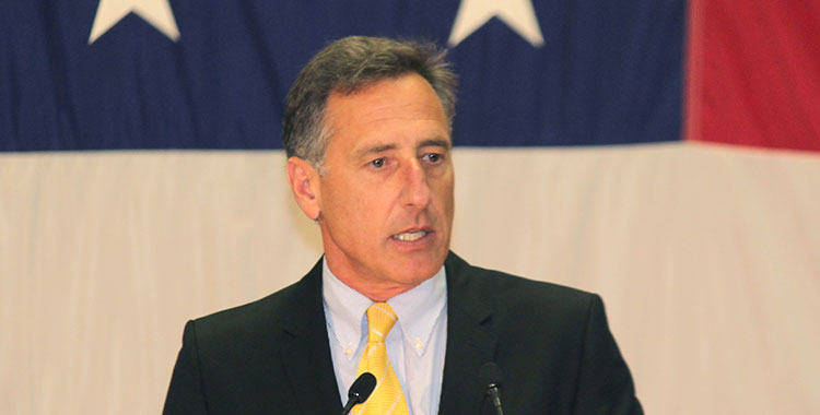 Vermont Gov. Peter Shumlin making an address at a community college.